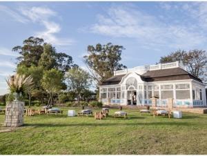 1-Solarium-Wild-Clover-Wedding-Venue-Stellenbosch-Outside-Venue