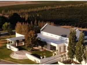Loch Lynne Durbanville Wedding Venue Birds Eye View Drone