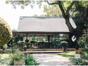 Oakfield-Farms-Wedding-Venue-Muldersdrift-Gauteng-Glass-Doors