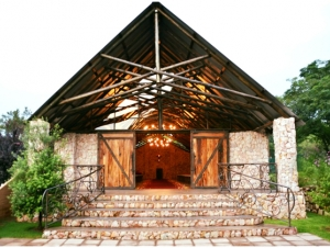 Tres-Jolie-Wedding-Venue-Muldersdrift-Gauteng-Entrance-Chapel